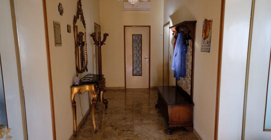Ampia casa singola a Roverchiara 23