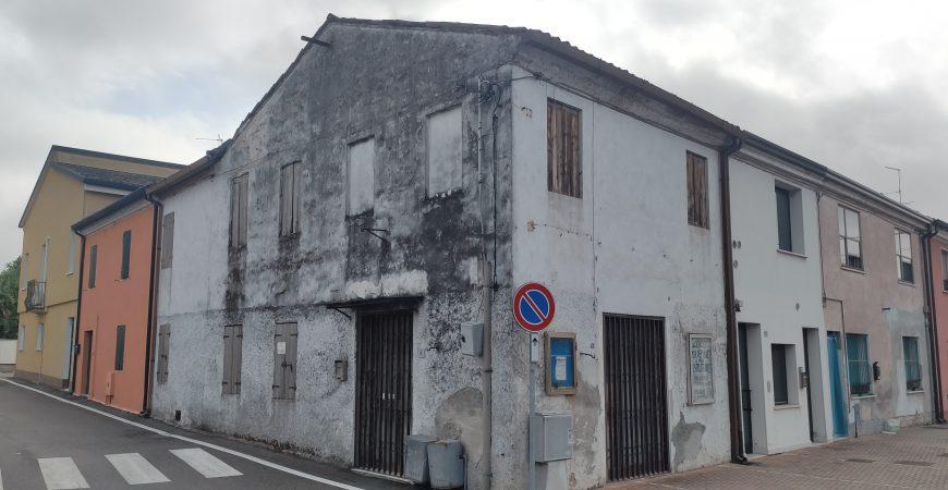 Casa semindipendente d'angolo 3